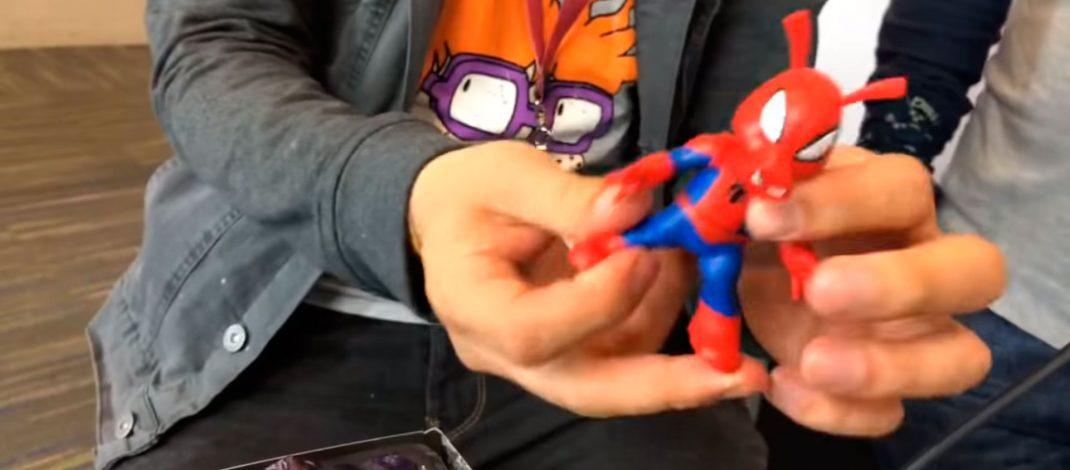 Abriendo Spider Ham con Geezuz Gonzalez – Unboxing Toy Convention
