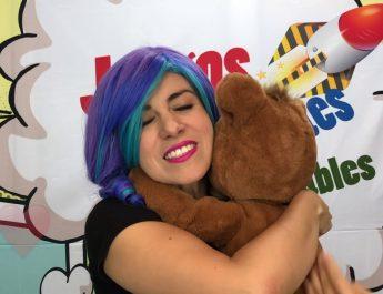 furReal – Cubby El oso curioso