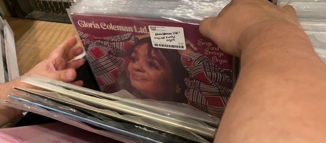 En Vinyl – Visita a Rough Trade NYC